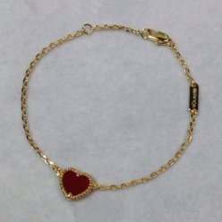 alhambra yellow gold fake van cleef & arpels heart carnelian bracelet