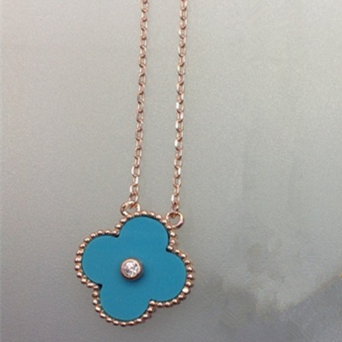 alhambra or rose faux van cleef & arpels turquoise round diamond pendentif